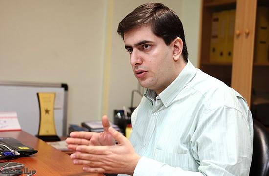 مصاحبه با مدیر روابط عمومی ایرانسل، آرش کریم بیگی