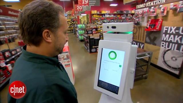 این ربات در یک فروشگاه ابزار فروشی استخدام شد