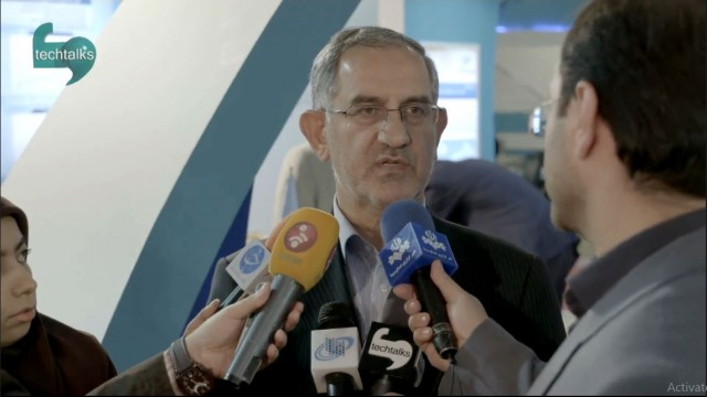 کنفرانس خبری، نصرالله جهانگرد، معاون وزیر و رئیس سازمان فناوری اطلاعات در حاشیه تلکام ۲۰۱۵