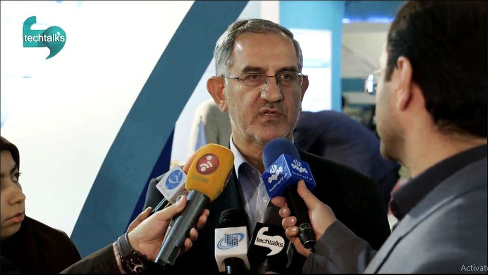 کنفرانس خبری، نصرالله جهانگرد، معاون وزیر و رئیس سازمان فناوری اطلاعات در حاشیه تلکام ۲۰۱۵، تا پایان سال پرتال دولت الکترونیک، فعال می شود.