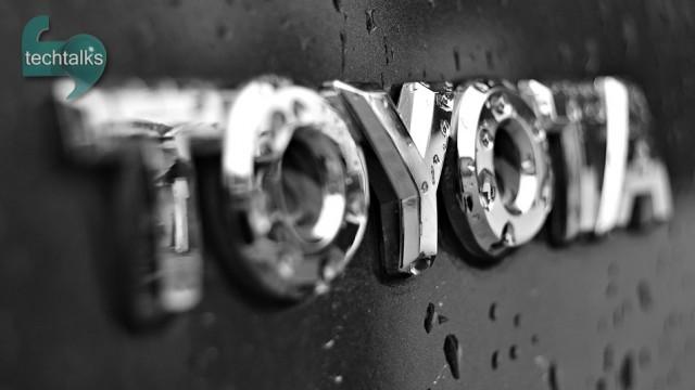 تویوتا با ۵۰ میلیون دلار خودروهایش را باهوش می کند