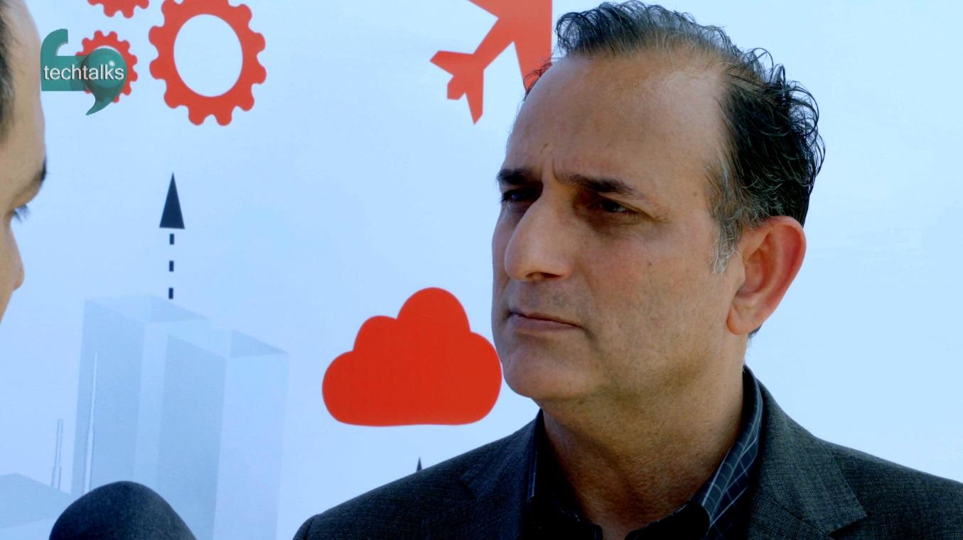 مصاحبه با ناصر علی سعادت  – تک تاکس – اولین رسانه تصویری فناوری اطلاعات و ارتباطات ایران
