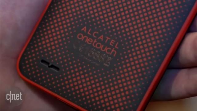 گوشی وانتاچ گو پلی محصول آلکاتل برای عکاسی زیر آب ساختهشدهاست