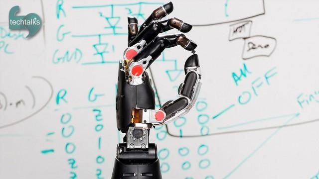 رباتی که حس لامسه را به مرد قطع نخاعی برگرداند