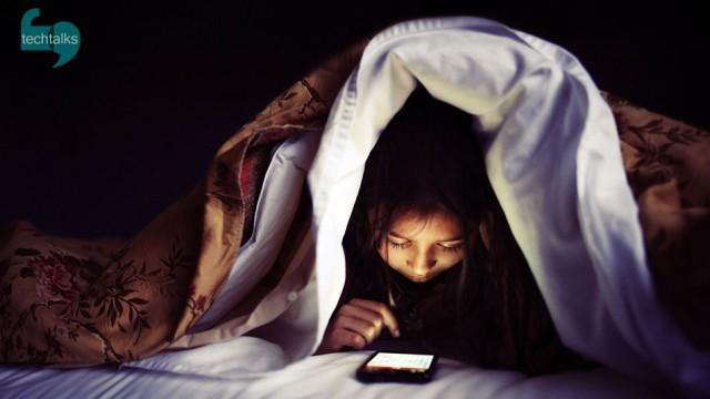 باید تلفن و تبلت ها را شبها بخوابانیم!
