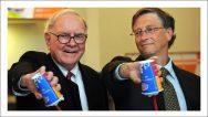 Bill-Gates-and-Warren-Buffett-pick-up-a-shift-at-Dairy-2